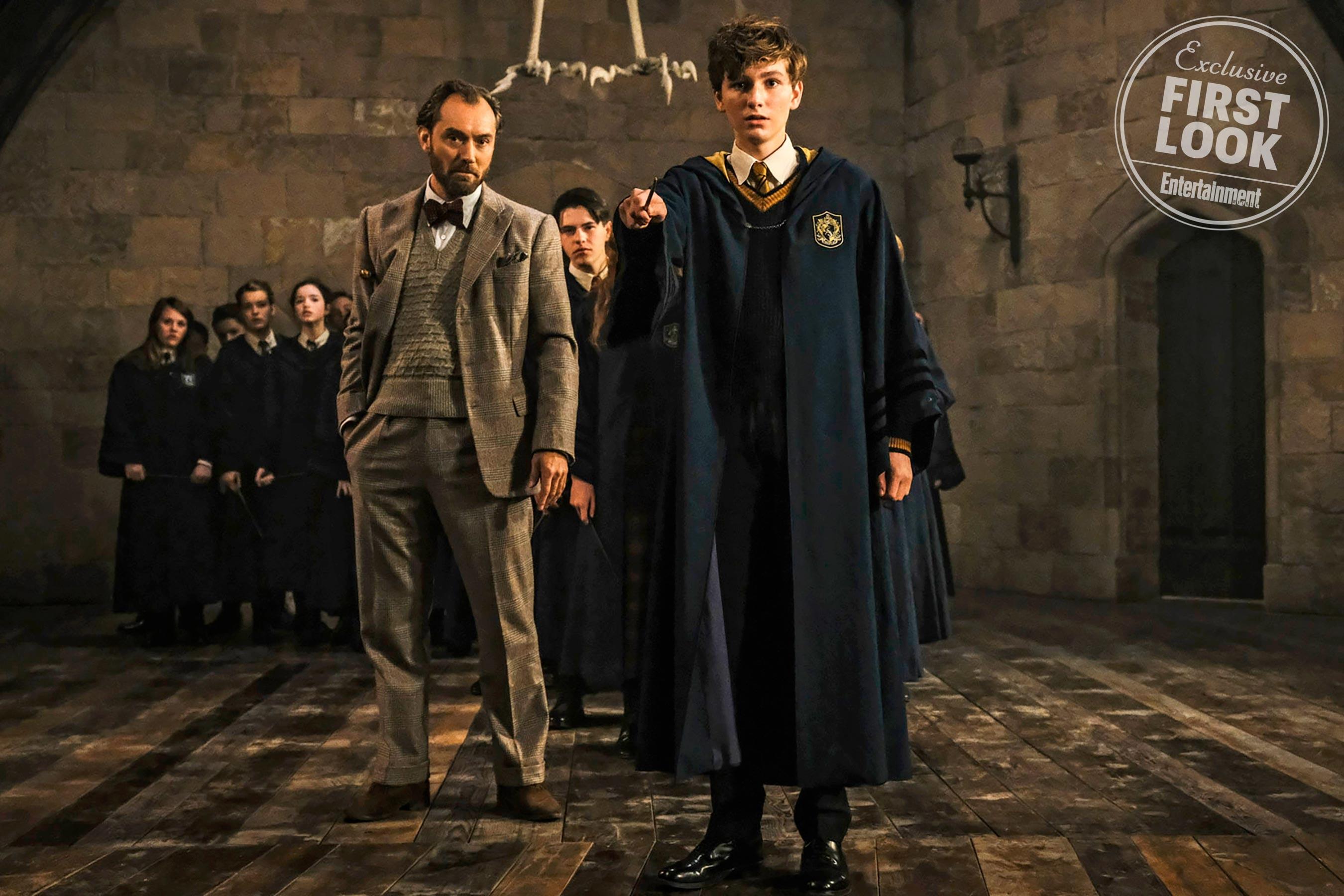 Dumbledore e Newt em cena de Animais Fantásticos: Os Crimes de Grindelwald (Foto: Divulgação/Entertainment Weekly)