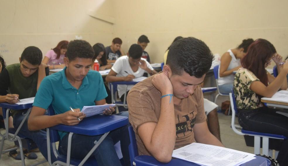 Horário de verão altera horário de prova do Enem no Ceará (Foto: Heloá Canali /G1)