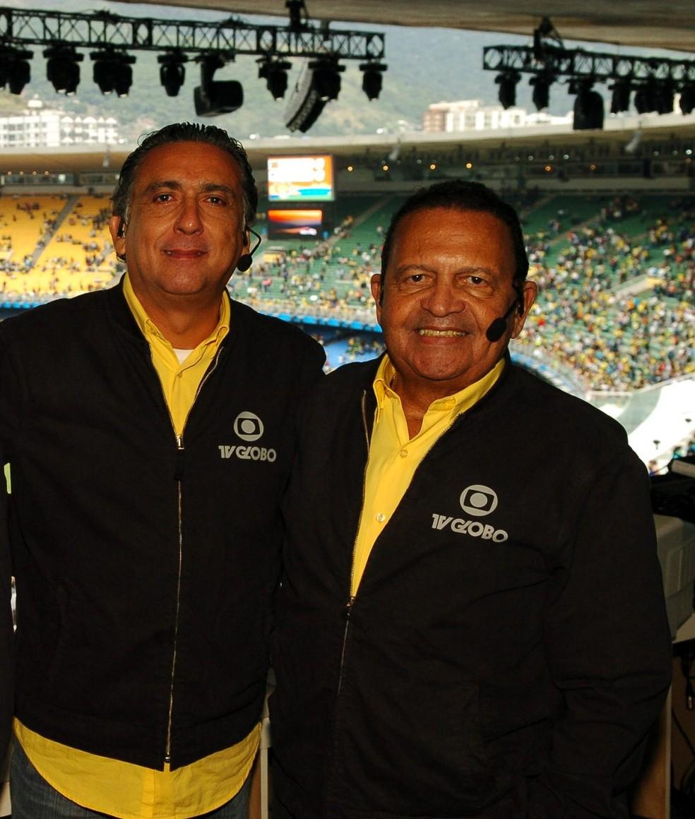 Galvão Bueno e Sérgio Noronha (D) no Pan de 2007 — Foto: Reprodução/ Memória Globo
