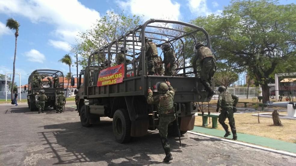 Fuzileiros Navais realizam treinamento em Fortaleza (Foto: Assessoria de Comunicação Social do Comando do 3º Distrito Naval)