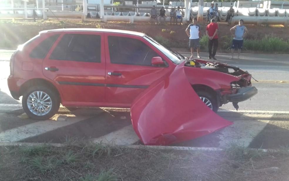 Motorista de carro é preso suspeito de dirigir embriagado e causar acidente na BR-153 em Estrela do Norte, Goiás — Foto: Divulgação/ PRF