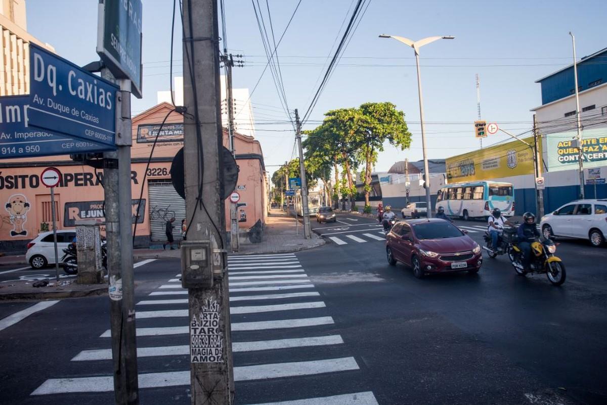 Avenida Duque de Caxias de Fortaleza tem sentido único a partir desta terça - G1