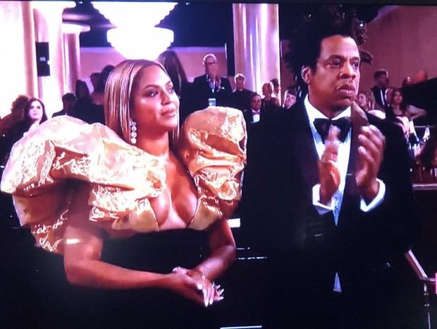 Beyoncé e Jay Z no Globo de Ouro (Foto: Reprodução/Twitter)