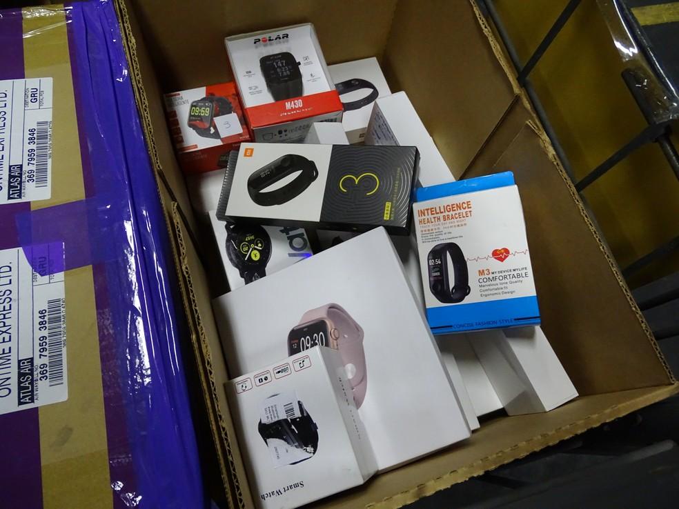 Relógios à venda no leilão dos Correios — Foto: Correios/Divulgação