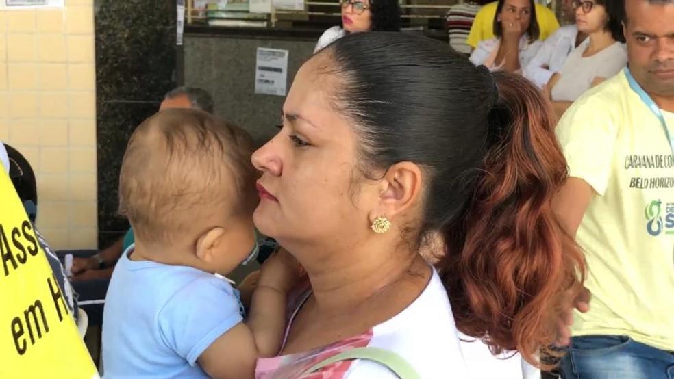 A dona de casa Marinalva Caldeira Lopes mora próximo ao hospital e também participou da audiência. — Foto: Adilson Oliveira/TV Globo