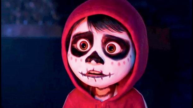 Viva — A vida é uma festa (Disney•Pixar) | A história de Miguel, um menino de 10 anos que precisa decidir entre a música e a tradição profissional de sua família, já é um grande sucesso da parceria, provavelmente por causa do visual vibrante, do roteiro b (Foto: Divulgação)