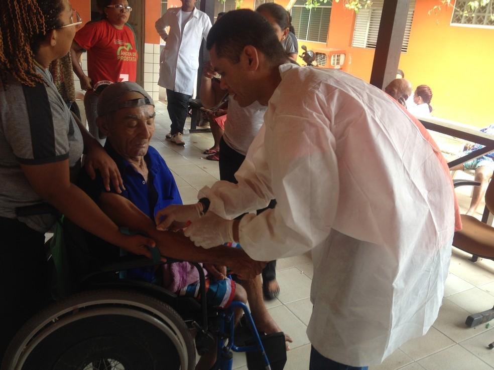 -  Cuidados de atenção básica à saúde do idoso foram debatidos em encontro  Foto: Cassio Albuquerque/Arquivo G1