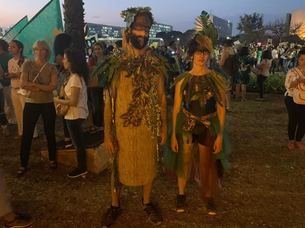 """BRASÍLIA, 18h30: """"Dizer que preservação ambiental é um atraso alimenta as atitudes de quem está destruindo o meio ambiente"""", diz o filósofo Gustavo Gomes — Foto: Brenda Ortiz/G1"""