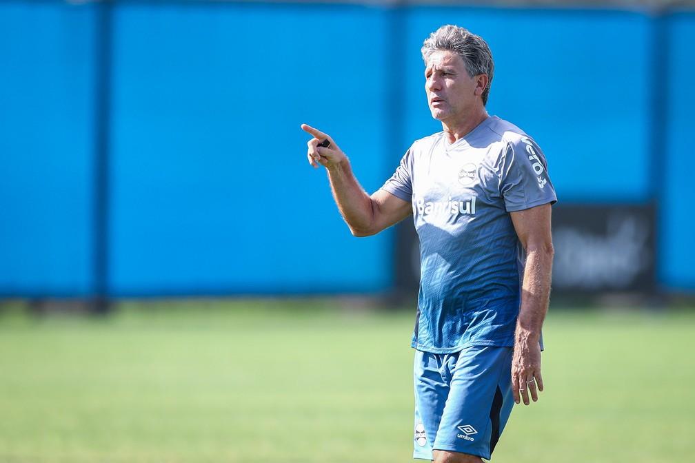 Renato Gaúcho aponta caminho da união — Foto: Lucas Uebel / Grêmio FBPA