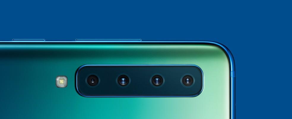 Galaxy A9 (2018) tem sistema com quatro câmeras na traseira — Foto: Divulgação/Samsung