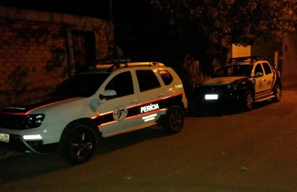 Homem de 60 anos foi encontrado morto na casa dele no bairro São Geraldo, em São Manuel — Foto: Guarda Civil Municipal/Divulgação