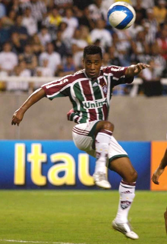 Arouca fez 212 jogos pelo Fluminense entre 2004 e 2008 — Foto: André Durão / ge