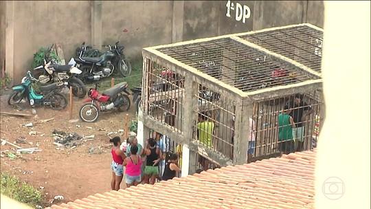Defensoria pede libertação de 16 presos em jaula no Maranhão