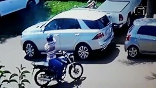 Vídeo mostra execução de comerciante na fronteira com o Paraguai