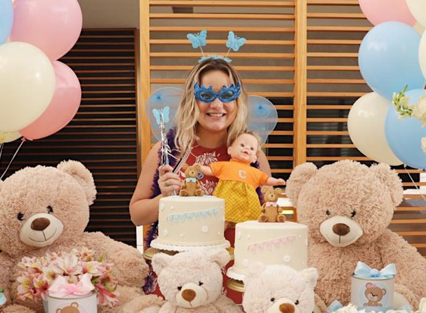 Taty Goulart ganha chá de bebê (Foto: Divulgação)