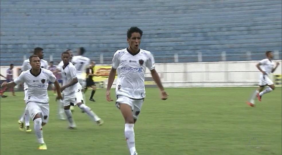 Também invicto na Copinha, o Botafogo-PB chegou ao mata-mata como vice-líder do Grupo 28 (Foto: Reprodução / TV Cabo Branco)