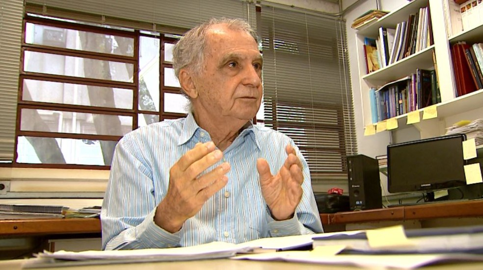 Marco Antônio Barbieri, professor da Faculdade de Medicina de Ribeirão Preto (FMRP/USP) (Foto: Reprodução/EPTV)