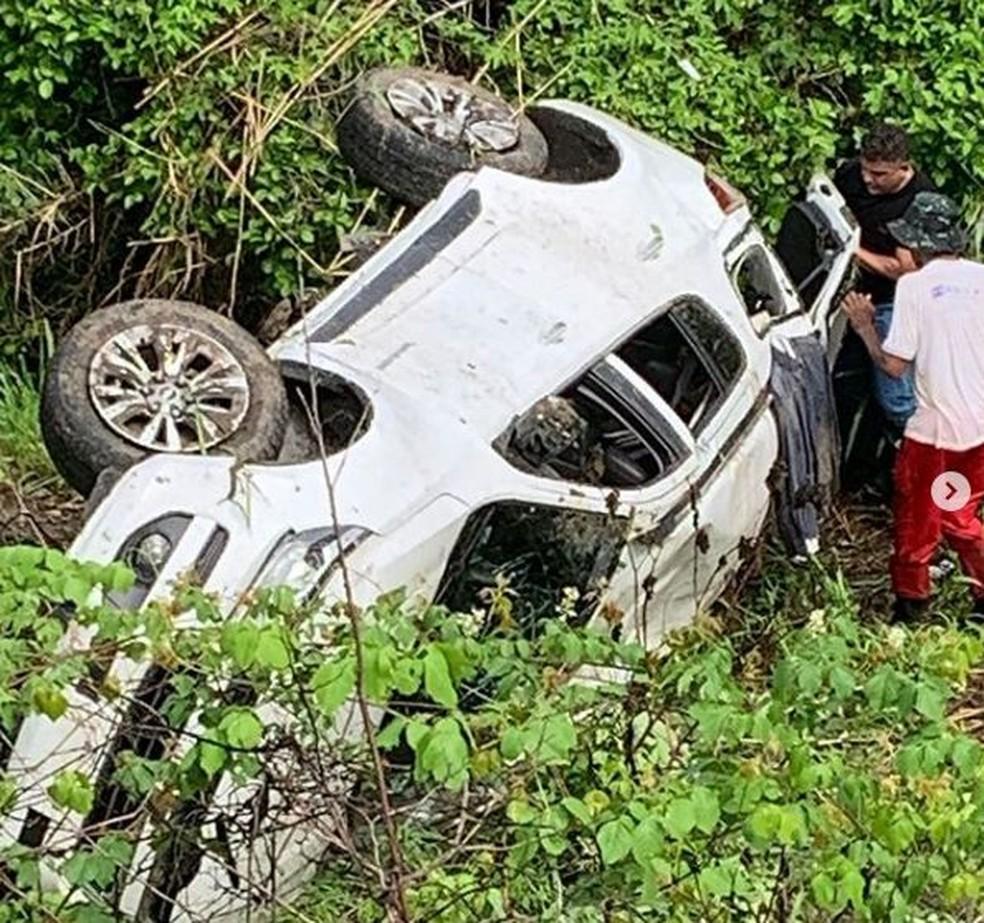 Acidente aconteceu na tarde desta segunda-feira (18), em um trecho da BR-230, próximo a entrada do município de Juarez Távora — Foto: Reprodução/Instagram