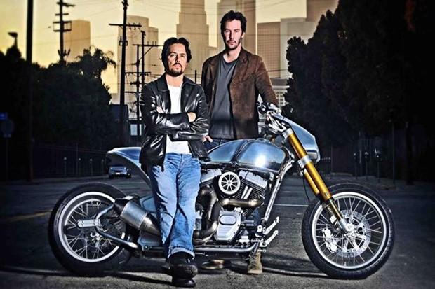 Keanu Reeves e Gard Hollinger são sócios da Arch Motorcycle Company (Foto: Divulgação)