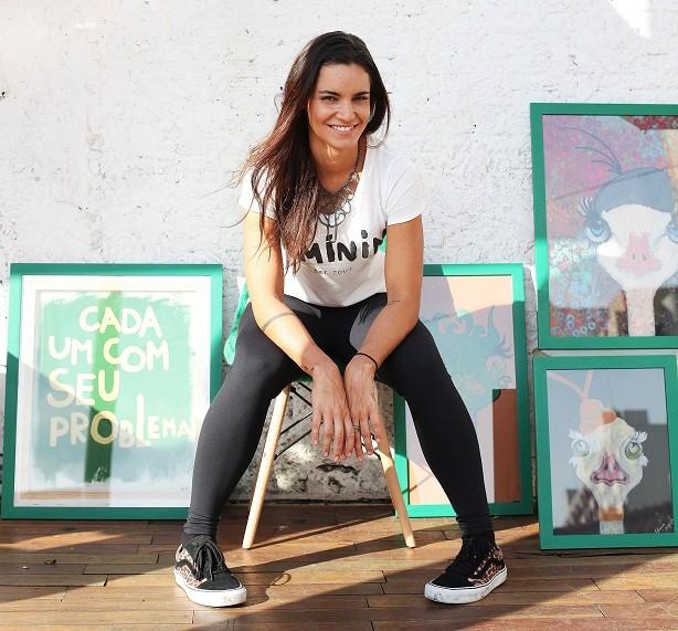 Renata Vanzetto não passa aperto para comer em casa (Foto: Divulgação/ Rogério Voltan)