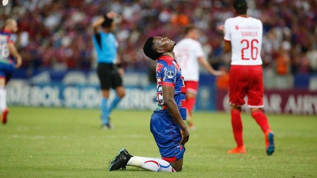 Paulão lamenta eliminação do Fortaleza na Copa Sul-Americana
