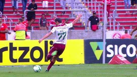 Zé Ricardo adapta jogo do Inter para potencializar rendimento e minimizar desgaste de D'Ale