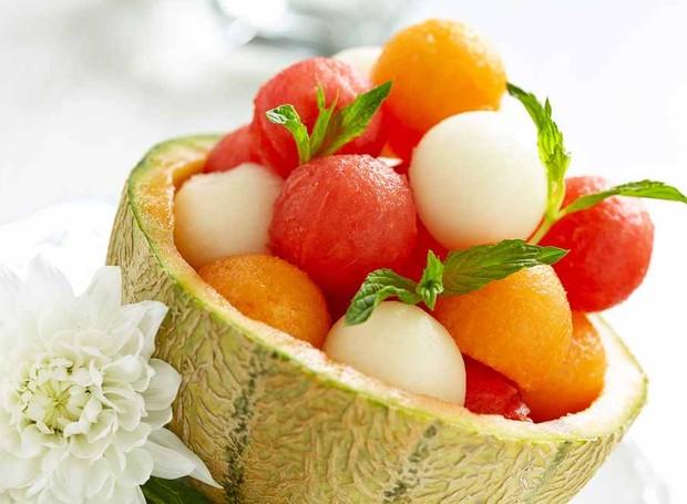 Corte tipo Parisienne - também conhecido como noisette, é um corte em formado de pequenas esferas feitas com boleador de melão. (Foto: KitchenAid/Reprodução)