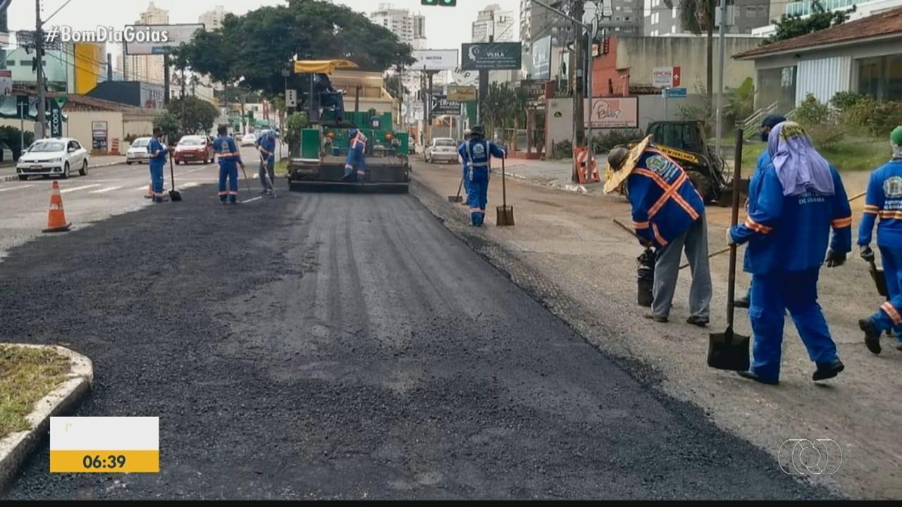 Avenida T-4 está em obra para recapeamento, em Goiânia