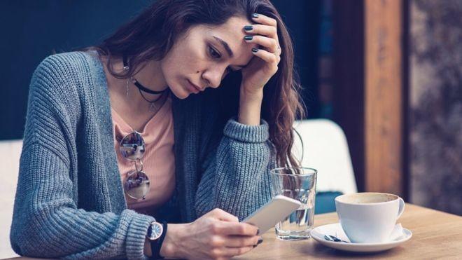 Ficar conectado o tempo todo é um dos principais fatores de estresse (Foto: Getty Images)