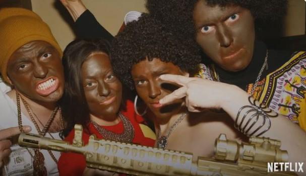 Cena de blackface da série Dear White People (Foto: Reprodução )