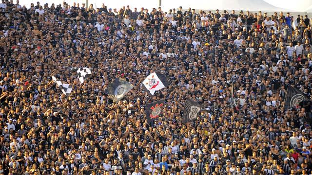 Torcida alvinegra em Corinthians x Palmeiras