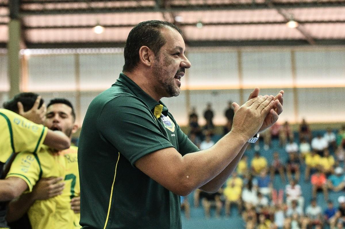 bbb5b8d76501b Técnico da Seleção de futsal convoca torcida para amistoso contra Argentina