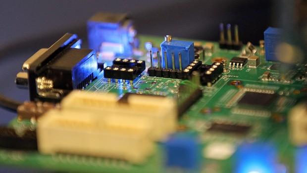 Entenda o que são semicondutores e por que eles estão em falta no mundo  todo - Época Negócios | Tecnologia