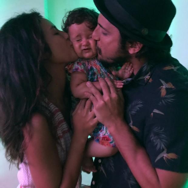 Madalena entre Yanna e Bruno (Foto: Reprodução/Instagram)