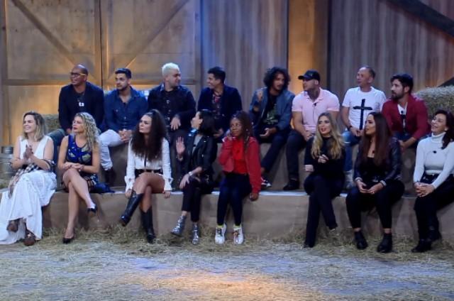 Participantes da décima temporada de 'A fazenda' (Foto: Reprodução)