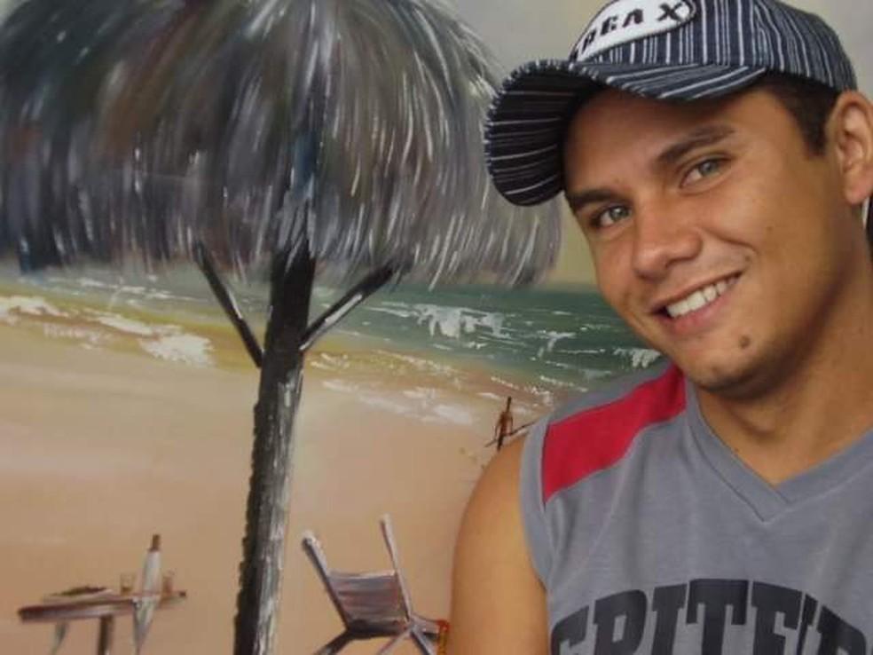 Francisco de Assis Pereira da Silva, de 41 anos, foi atingido com um tiro na cabeça — Foto: Arquivo pessoal