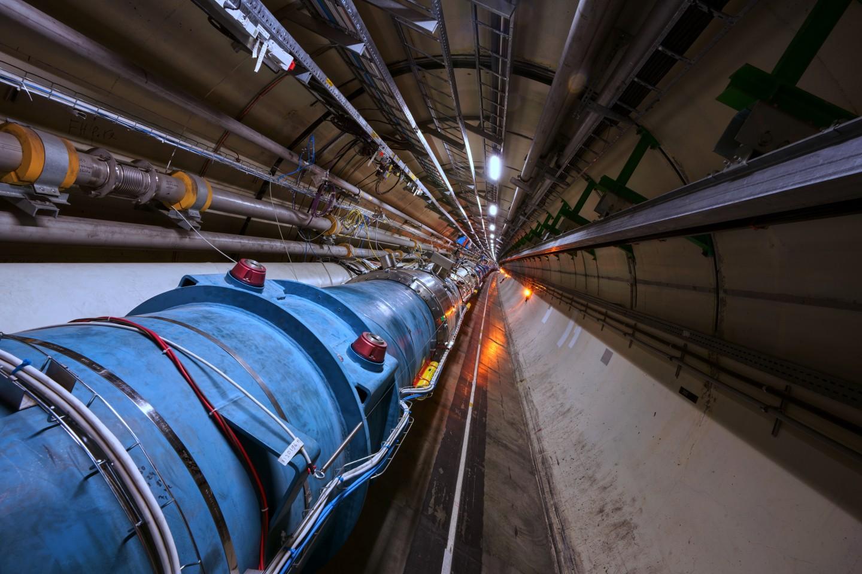 Com dados do LHC, cientistas observaram méson charme oscilando entre partícula e antipartícula (Foto: Maximilien Brice/CERN)