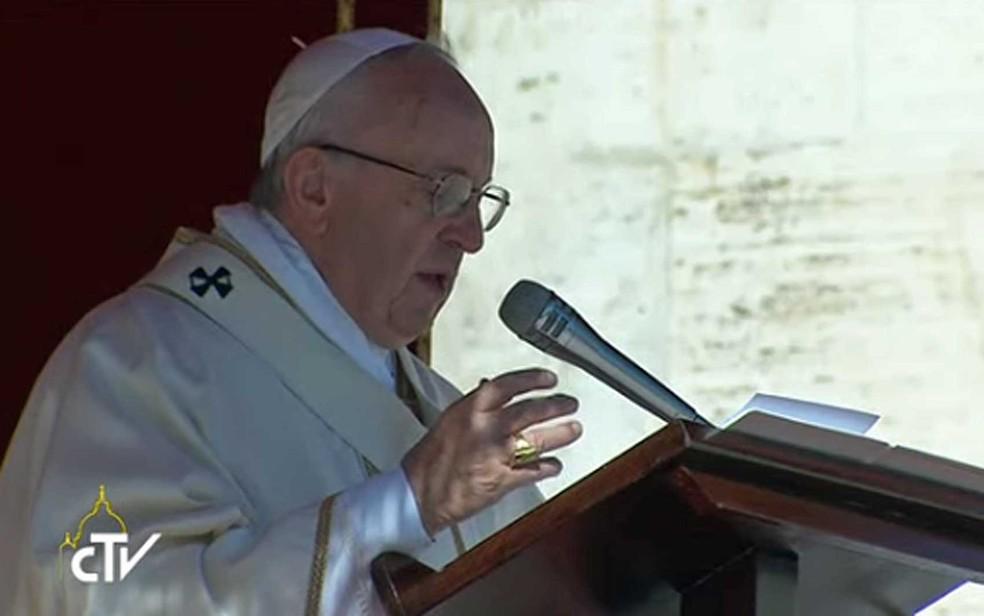 Papa Francisco, durante cerimônia na Praça São Pedro (Foto: Reprodução / TV do Vaticano)