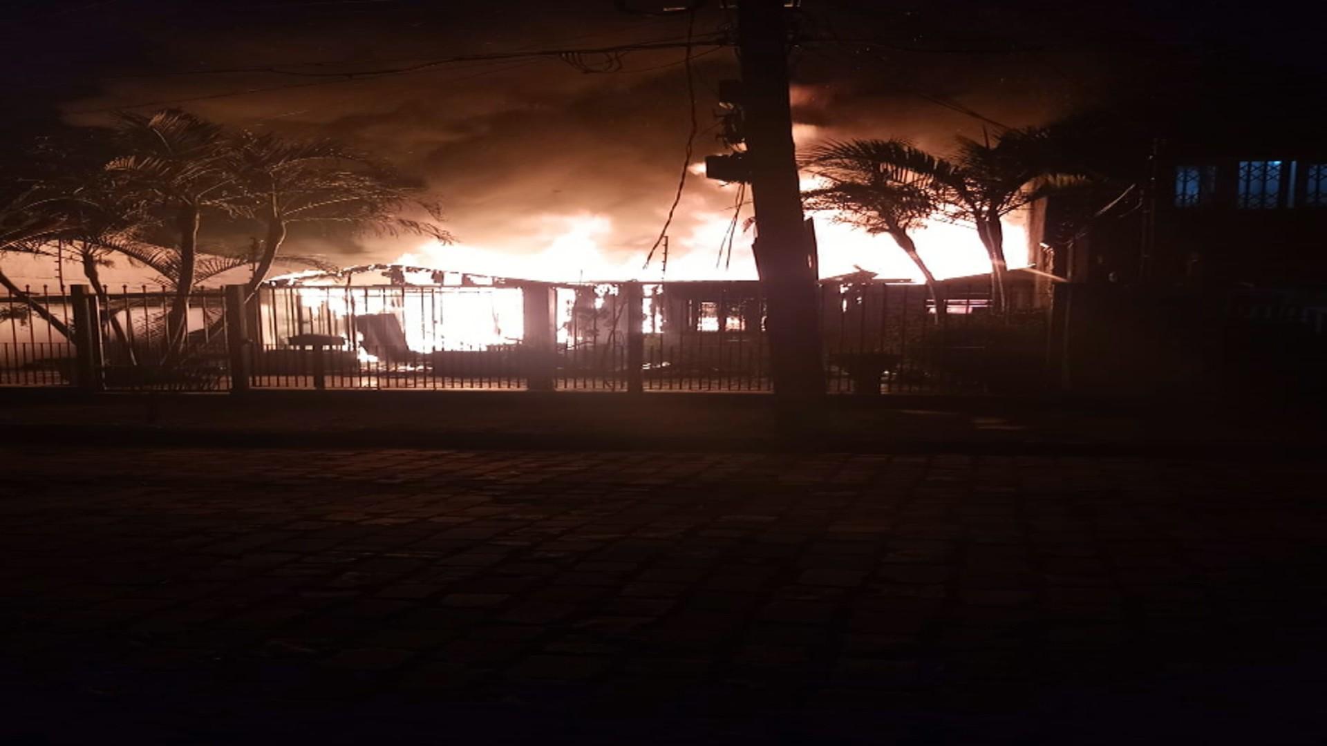 Homem morre em incêndio a uma residência em Porto Alegre