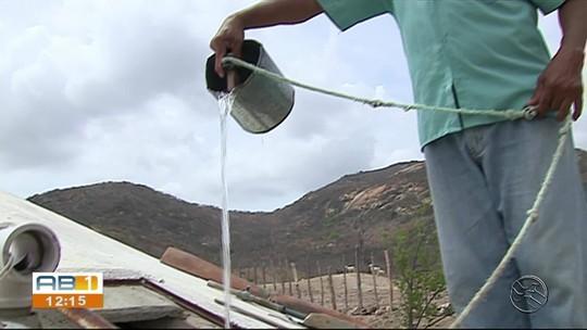 'Água é a riqueza do mundo, sem a água nós não somos de nada', diz moradora que enfrenta seca em Jataúba