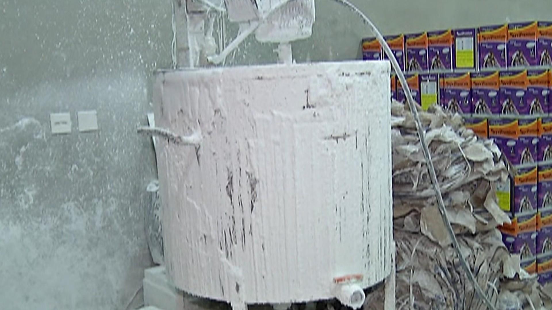 Polícia descobre segunda fábrica clandestina de tintas em Mogi em dois meses  - Notícias - Plantão Diário