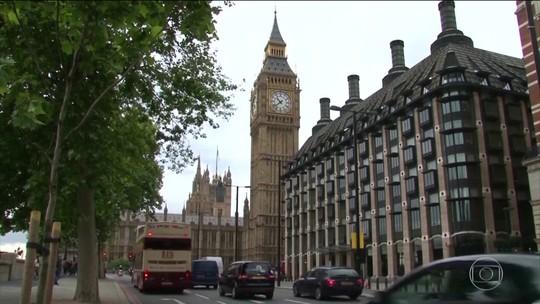 Facebook quebrou as regras e deve ser regulado, dizem parlamentares do Reino Unido
