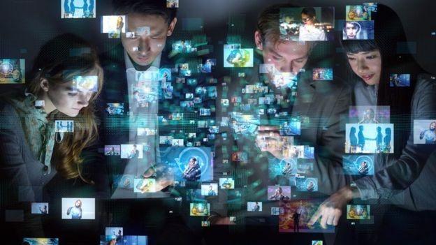 Para especialista, inteligência artifical permitirá a criação de empregos que ainda não existem (Foto: GETTY IMAGES/via BBC News Brasil)