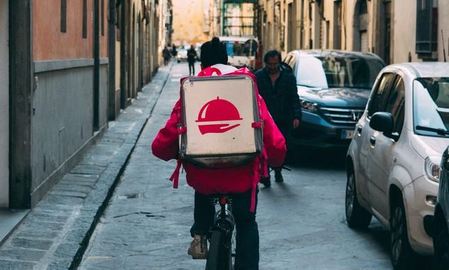 Delivery monitorado: aplicativo da Grandchef permitirá ao restaurante acompanhar a rota dos motoboys e a entrega dos pedidos em tempo real