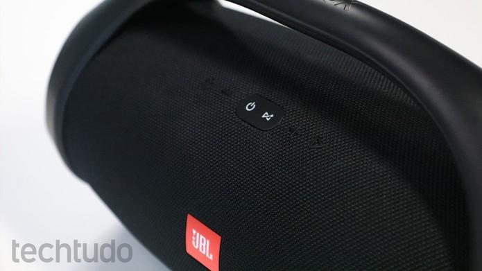 Detalhe do visual da JBL Boombox (Foto: Marlon Câmara/TechTudo)
