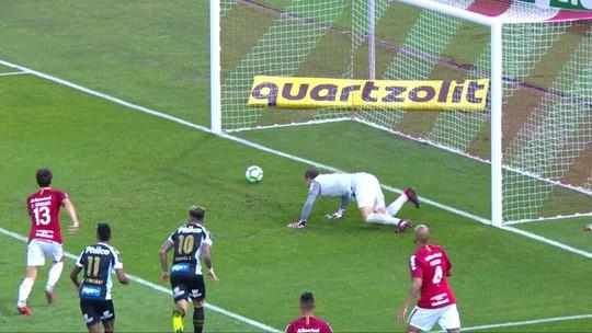 Assista aos gols do empate por 2 a 2 entre Inter e Santos