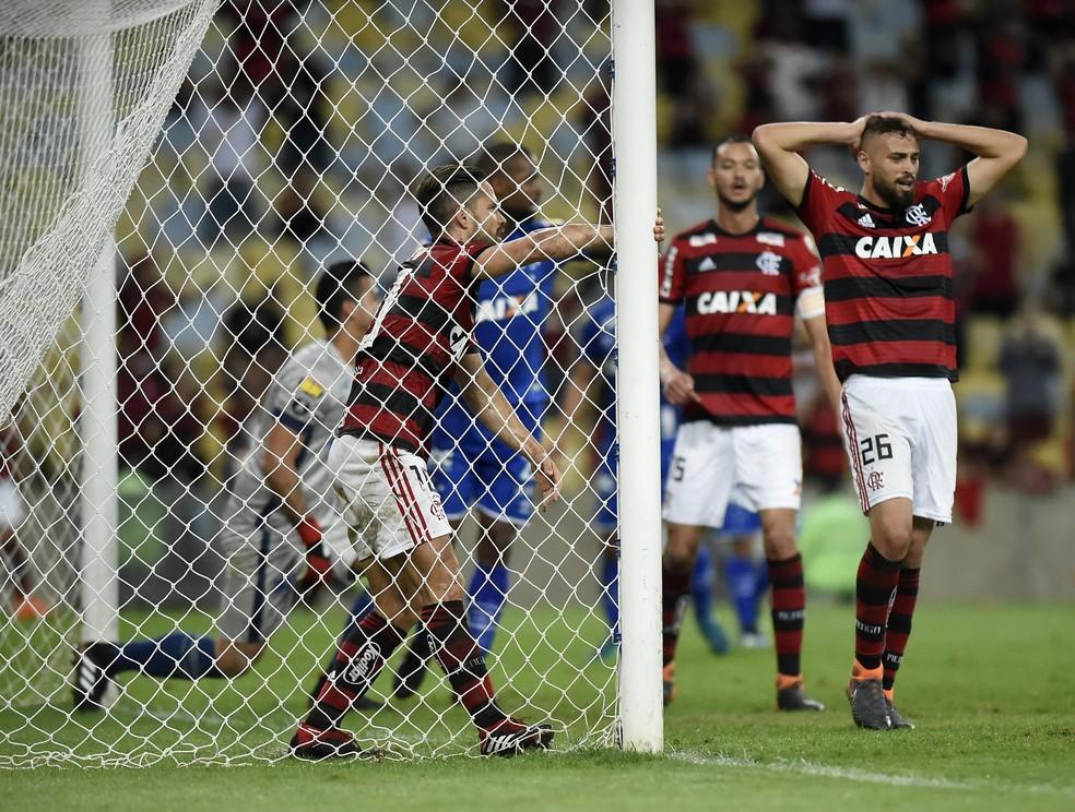 Líder do Brasileirão antes da Copa, Flamengo desandou nas três frentes após o Mundial da Rússia — Foto: André Durão/GloboEsporte.com