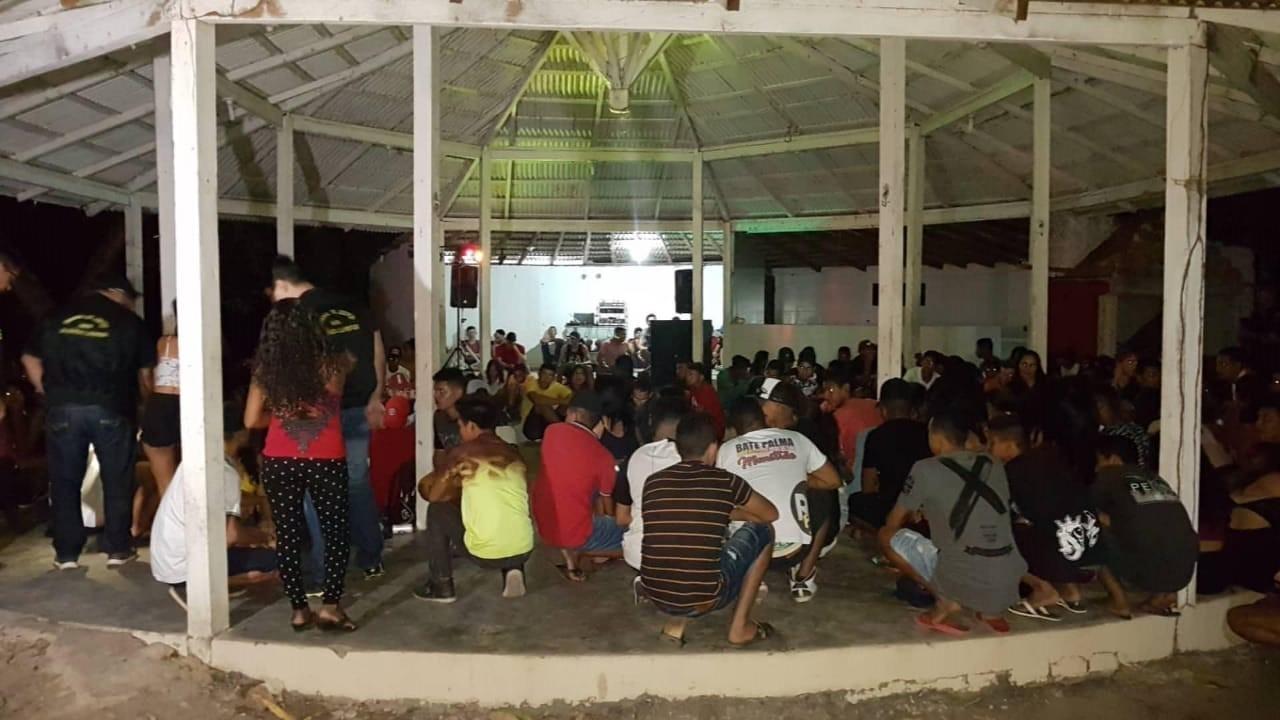 Ação apreende 57 menores em baile funk clandestino regado a drogas e álcool em Boa Vista