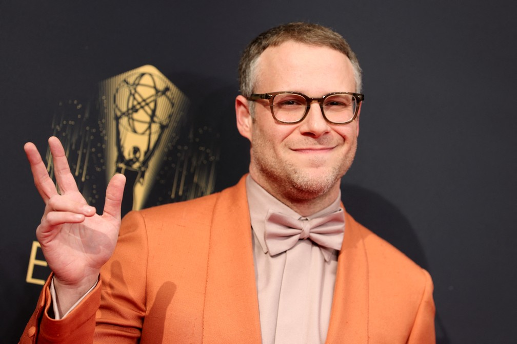 Seth Rogen chega ao Emmy 2021 — Foto: Rich Fury/Getty Images North America/Getty Images via AFP