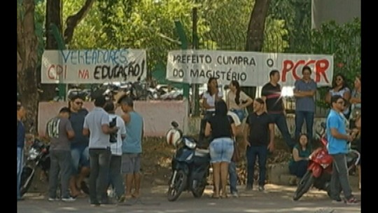 Em 12 dias, greve dos professores de Paragominas atinge 25 mil estudantes